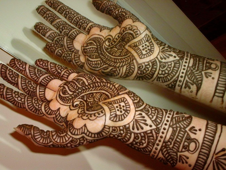 Bridal Henna on hands and palms