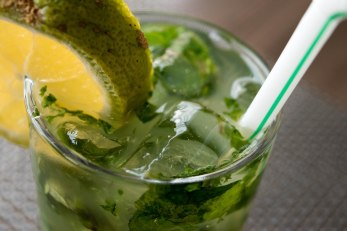 Virgin mojito on the rocks