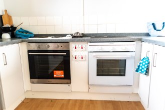 Burners and ovens